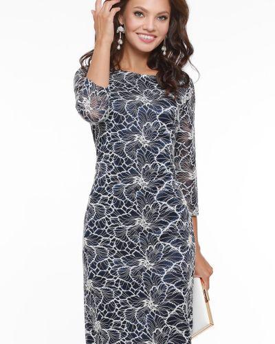 Нарядное с рукавами платье-футляр новогоднее Dstrend