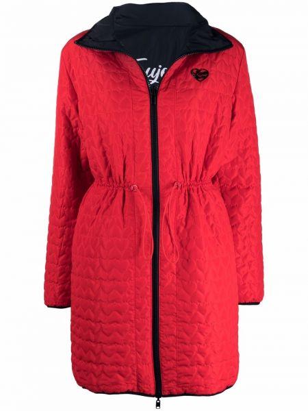 Красное стеганое пальто Love Moschino