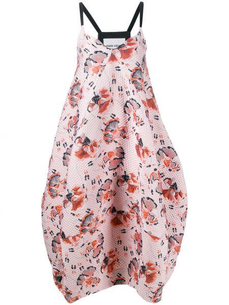 Платье розовое с V-образным вырезом Henrik Vibskov