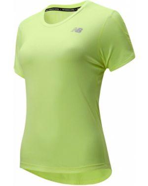Базовая футболка - зеленая New Balance