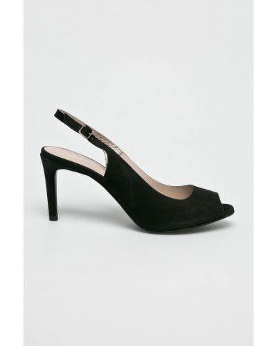 Кожаные туфли на каблуке на шпильке Gino Rossi