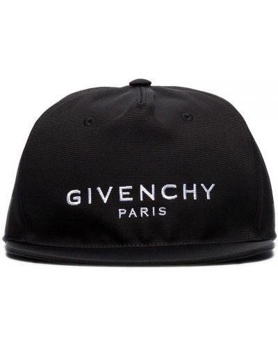 Czarny kapelusz Givenchy
