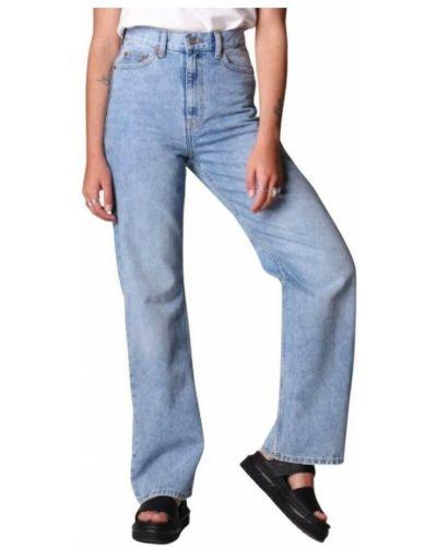 Niebieskie mom jeans Mbym