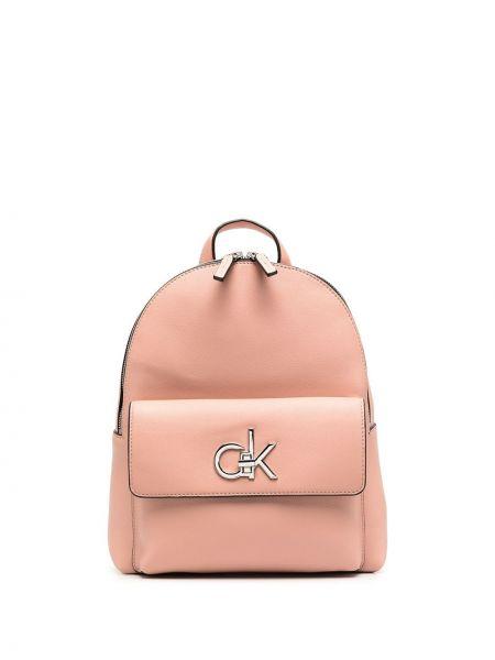 Розовый кожаный рюкзак на бретелях Calvin Klein