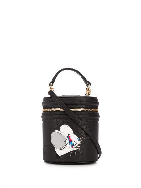 Skórzana torebka czarna z nadrukiem Pinko