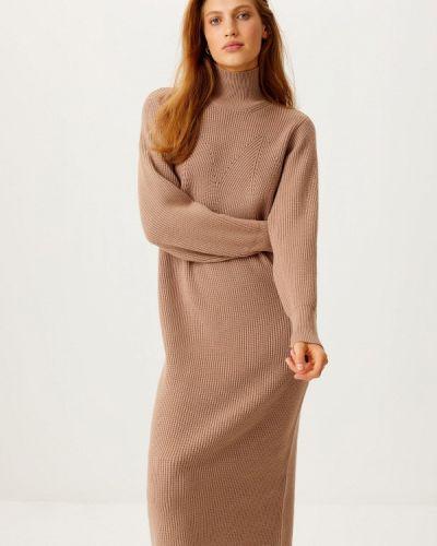 Вязаное платье - бежевое Sela