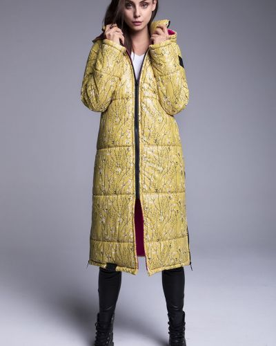 Пальто с капюшоном - желтое Naoko