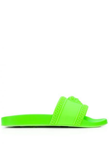 Открытые зеленые тапочки с открытым носком Versace