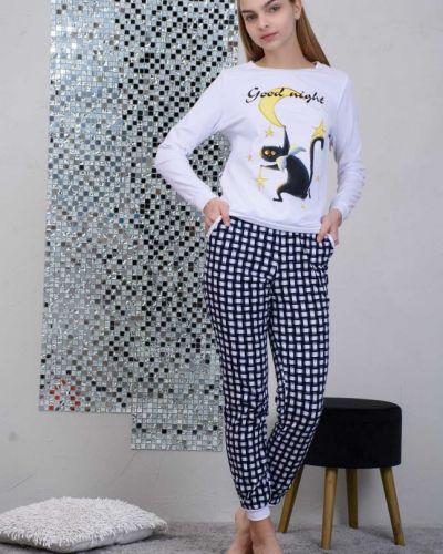 Трикотажная белая пижама инсантрик