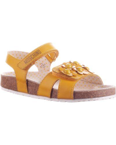 Желтые босоножки Moschino