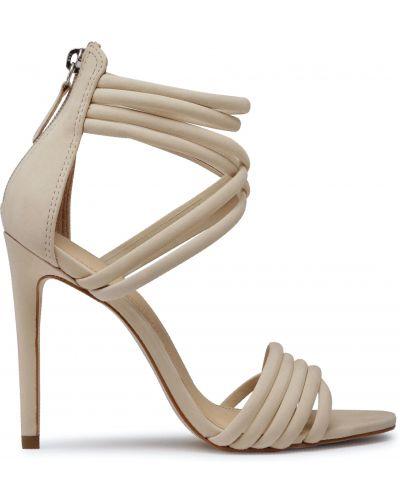 Босоножки на каблуке - бежевые Eva Longoria