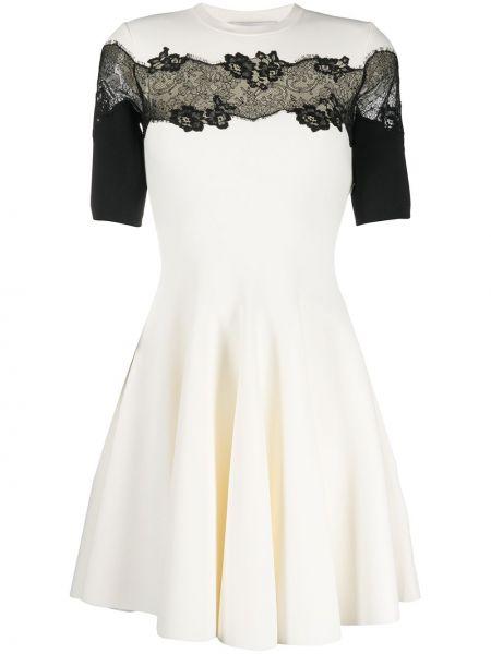 Кружевное с рукавами белое платье мини Valentino