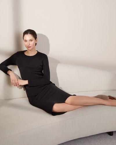 Приталенное с рукавами черное платье миди 12storeez