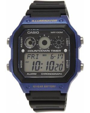 Кварцевые часы пластиковые Casio