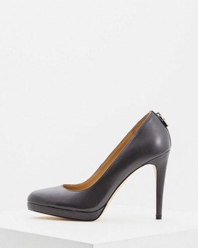 Кожаные туфли осенние для офиса Michael Michael Kors