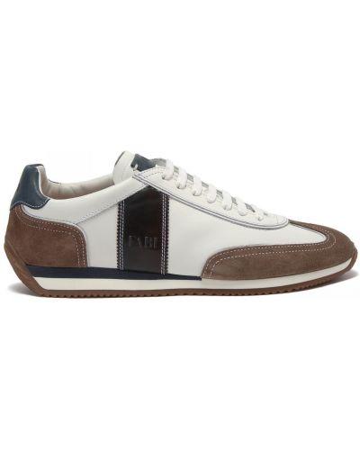 Кожаные белые кроссовки на шнуровке Fabi