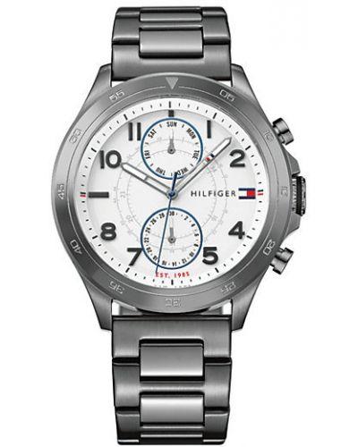 Biały zegarek kwarcowy srebrny z klamrą Tommy Hilfiger