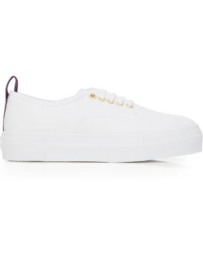 Białe sneakersy Eytys