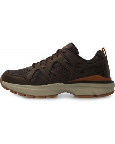 Коричневые спортивные кроссовки на шнуровке Skechers