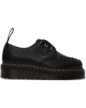 Pnącza buty Dr. Martens