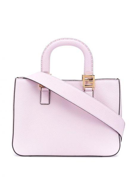 С ручками розовая сумка Fendi