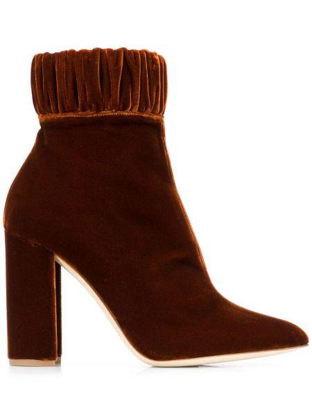 Кожаные коричневые ботильоны на каблуке на молнии Chloe Gosselin