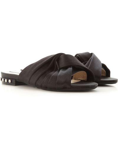 Czarne sandały na obcasie No. 21