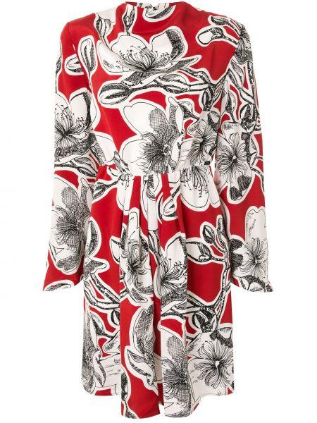 С рукавами красное шелковое асимметричное платье Stine Goya