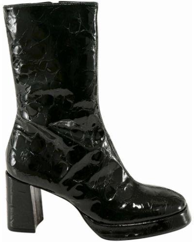 Czarne ankle boots Miista