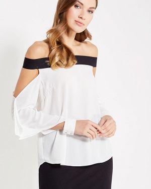 Блузка с открытыми плечами белая Paccio