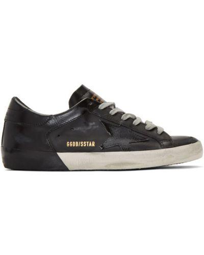 Czarny sneakersy perforowany na sznurowadłach okrągły Golden Goose