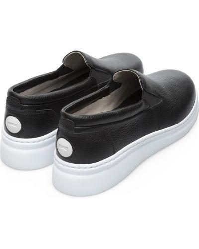 Облегченные черные кожаные слипоны Camper