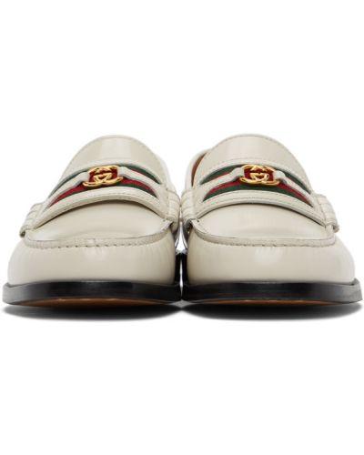 Loafers - białe Gucci