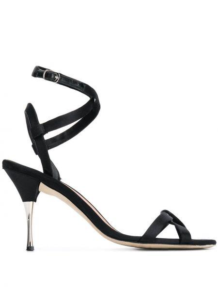 Sandały czarne na paskach Victoria Beckham
