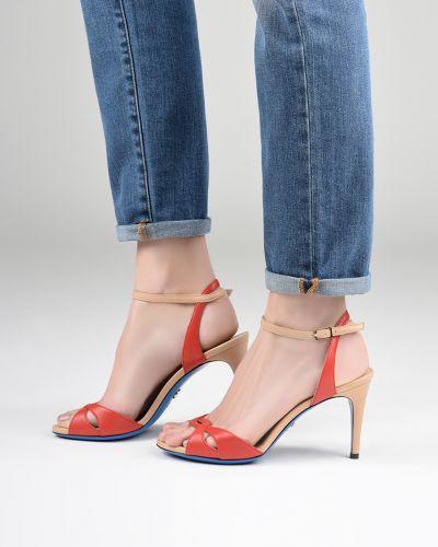 Босоножки на каблуке кожаные Loriblu