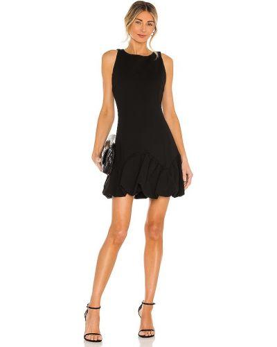 Деловое трикотажное черное платье Elliatt
