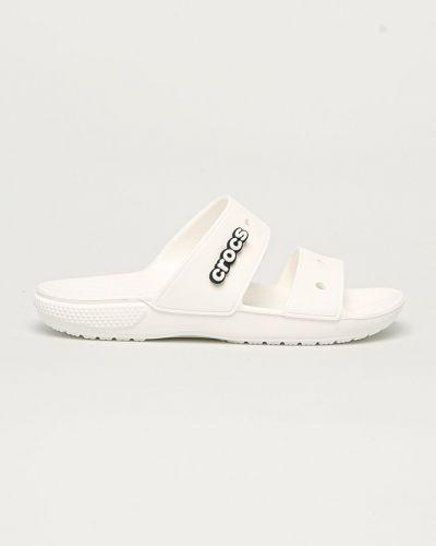 Klasyczne białe sandały na obcasie Crocs