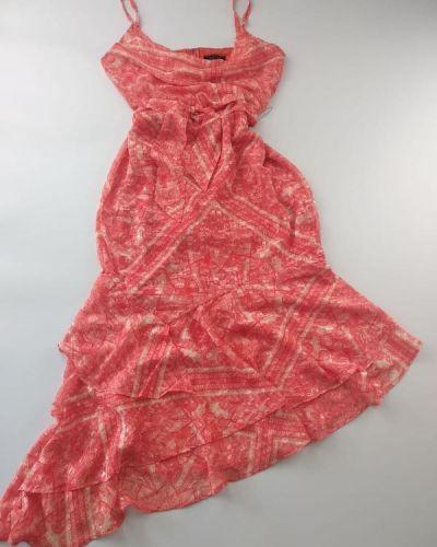 Платье с оборками Lipsy
