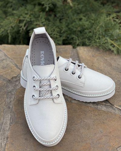 Кроссовки - белые Rovigo