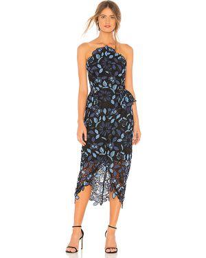 Niebieska sukienka rozkloszowana koronkowa Elliatt