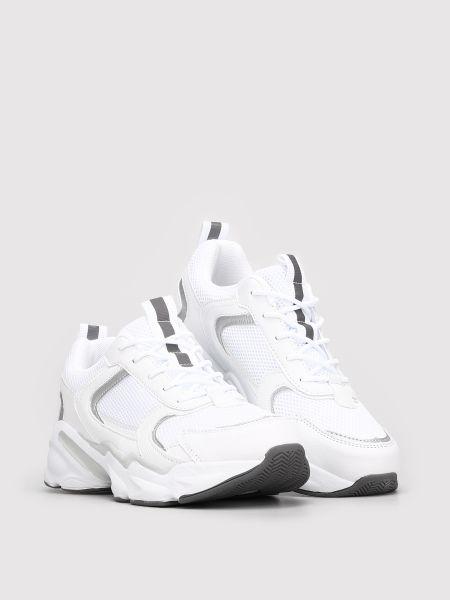 Кроссовки - белые M Wone