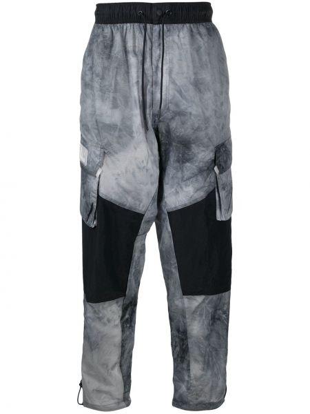 Spodni nylon czarny bojówki z kieszeniami Nike