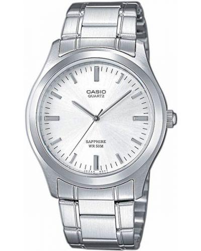 Часы водонепроницаемые белые серые Casio