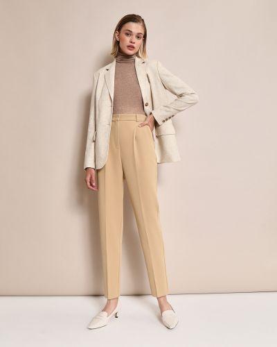 С завышенной талией бежевые брюки с защипами с карманами 12storeez