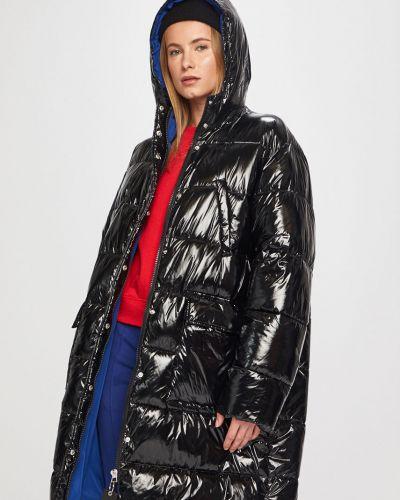 Прямая черная куртка с капюшоном Pinko