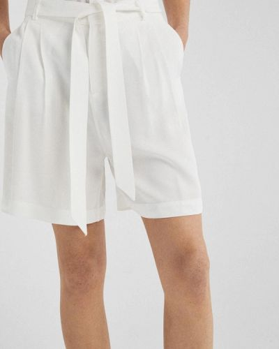 Белые шорты Springfield