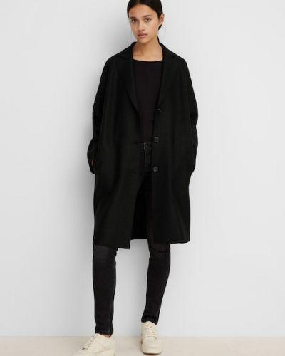 Czarny klasyczny płaszcz Marc O Polo