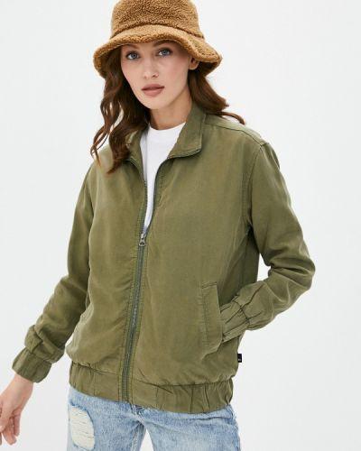 Зеленая куртка Quiksilver
