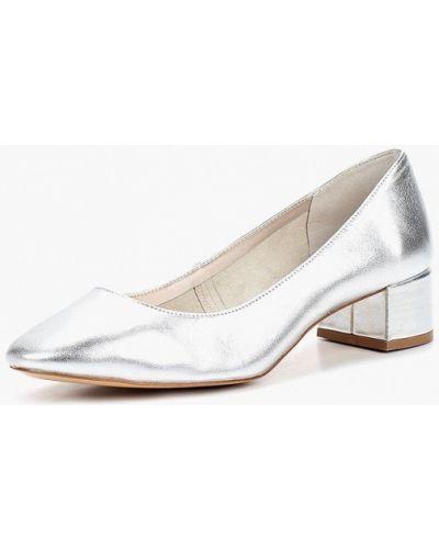 Кожаные туфли на каблуке осенние Mango
