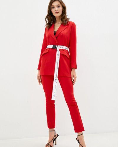 Костюмный красный брючный костюм Trendyangel